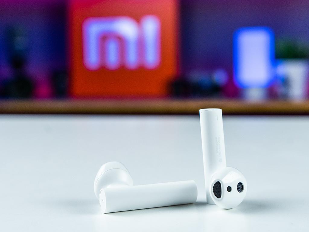 Фото  беспроводных наушников Xiaomi MiAirDots Pro2.jpg
